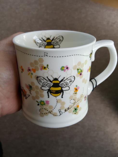 new bee mug