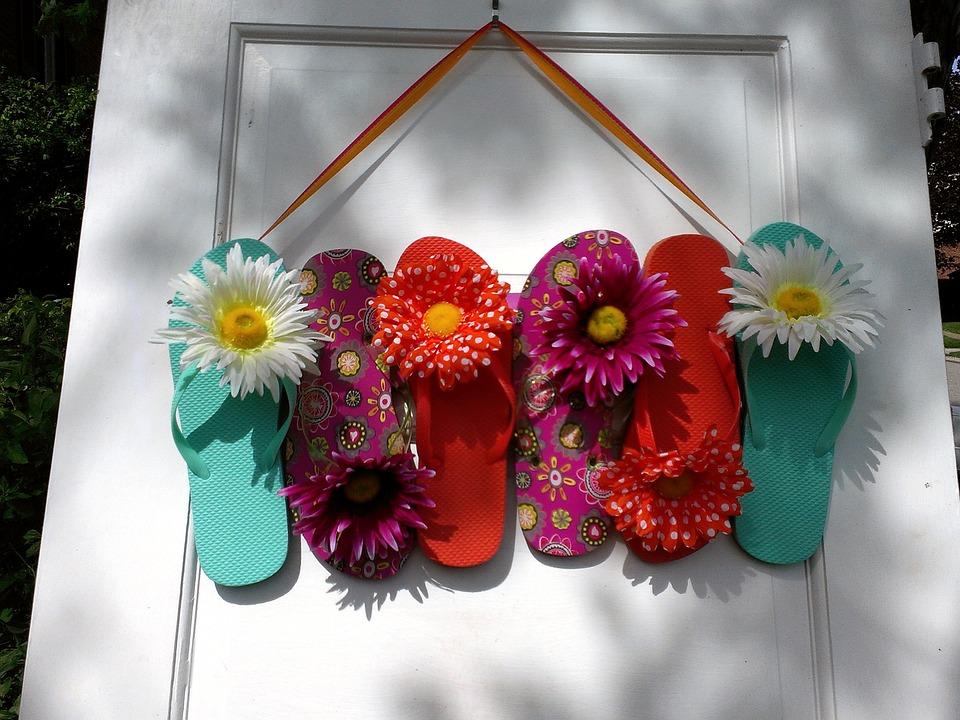 Flip Flop Wreath DIY crafts for the garden