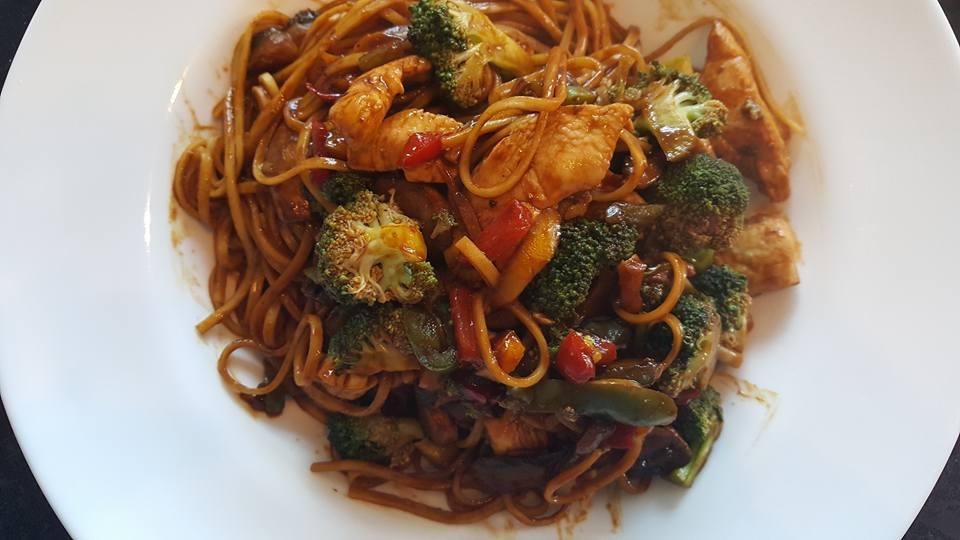 Chicken Noodle Stir-Fry – Slimming World Recipe