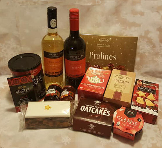 Luxury hamper contents