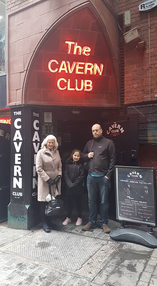 Ella's Easter Weekend - Ella at the famous Carvern Club
