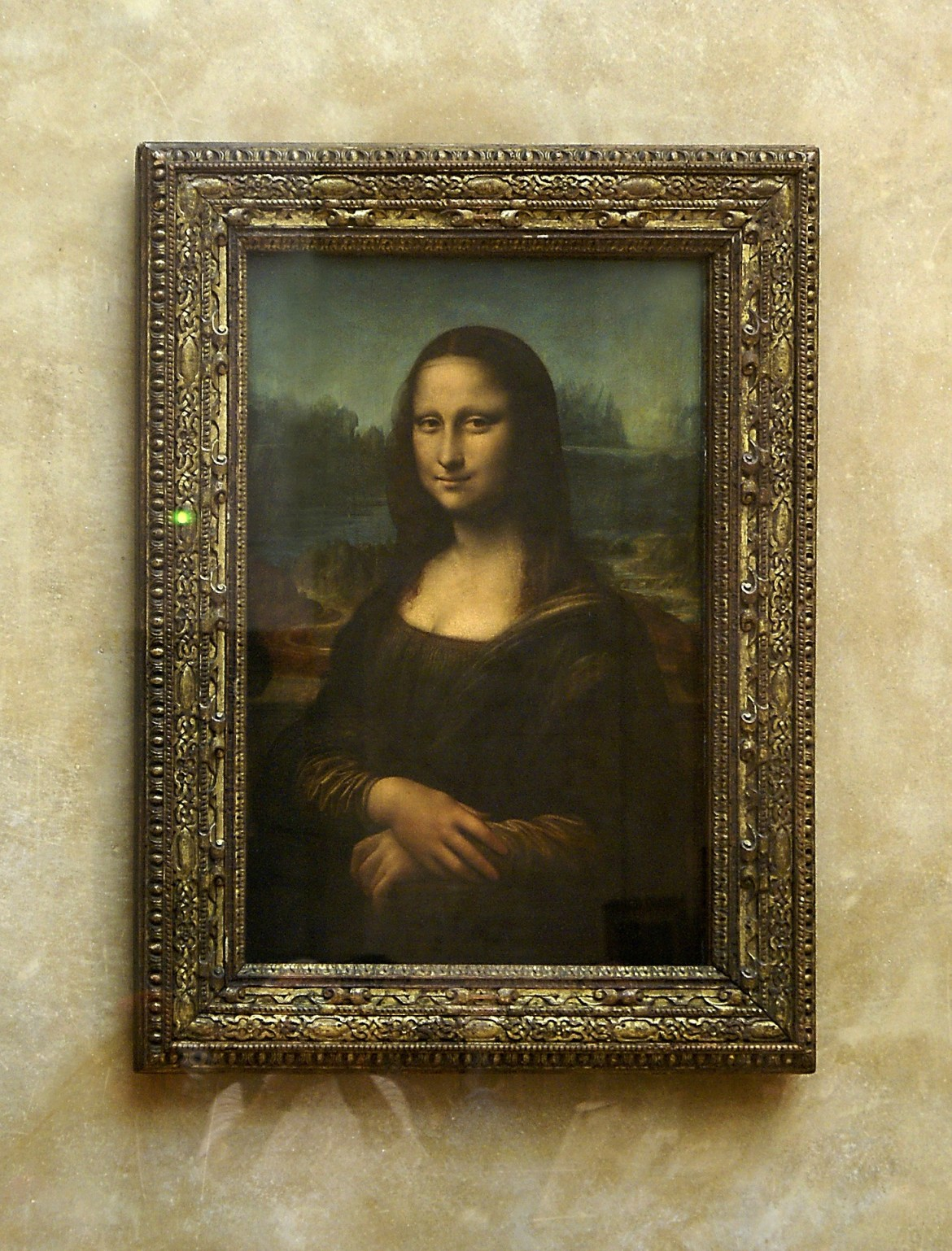 The Mona Lisa on a wall - proper storage for art