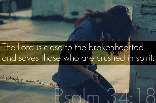 https://i0.wp.com/www.shellyduffer.com/wp-content/uploads/2013/05/the-lord-is-close-to-the-brokenhearted.jpgw620.jpg
