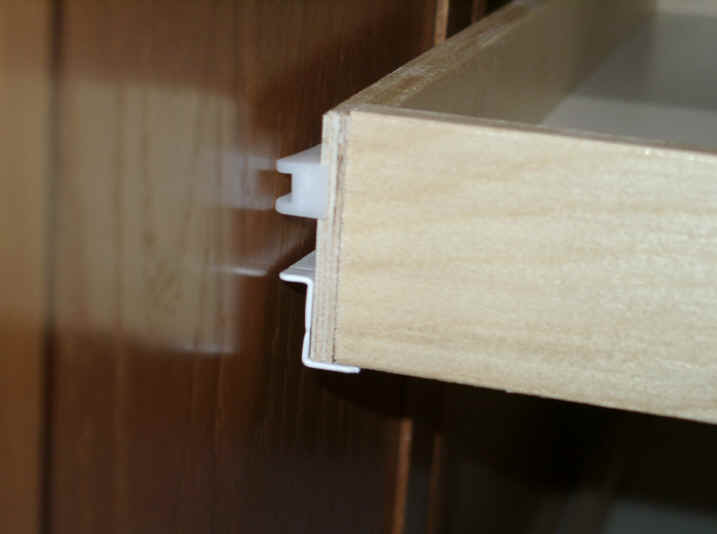 pull knobs for kitchen cabinets elkay sinks custom out shelving soultions diy - do it yourself ...