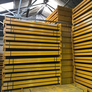 Used Esmena industrial pallet racking