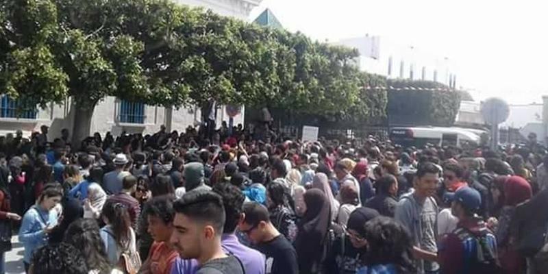 Place de la Kasbah : 40 étudiants blessés dans des affrontements avec la police