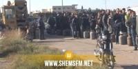 القيروان: تعطل حركة المرور بسبب الاكتظاظ  المواطنين امام مستودع توزيع قوارير الغاز