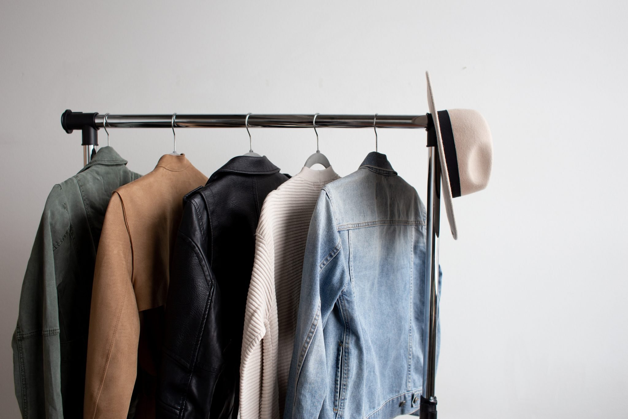 how to clean out your closet minimalism