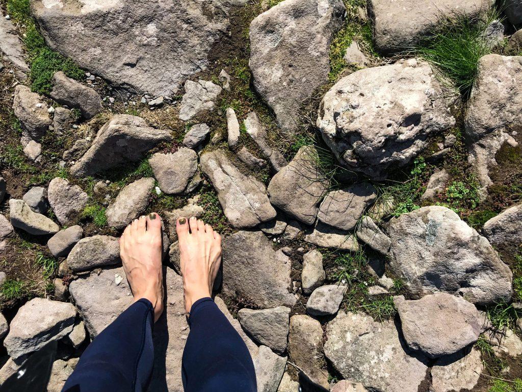 ireland-road-trip-barefeet-stones-ireland