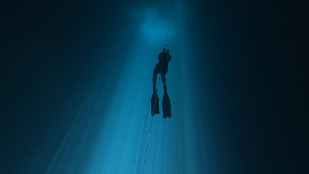 freediving underwater maravilla cenote outer space