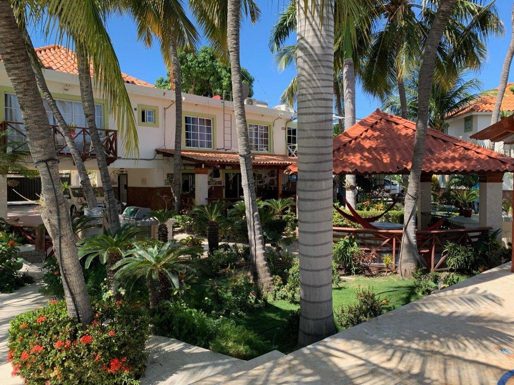 sava salinas hotel courtyard salinas de bani