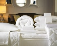 Signature Bed & Bedding Set | Shop the Exclusive Sheraton ...