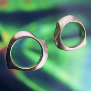 Twin Fishtail wedding rings