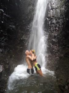 website CR waterfall kiss