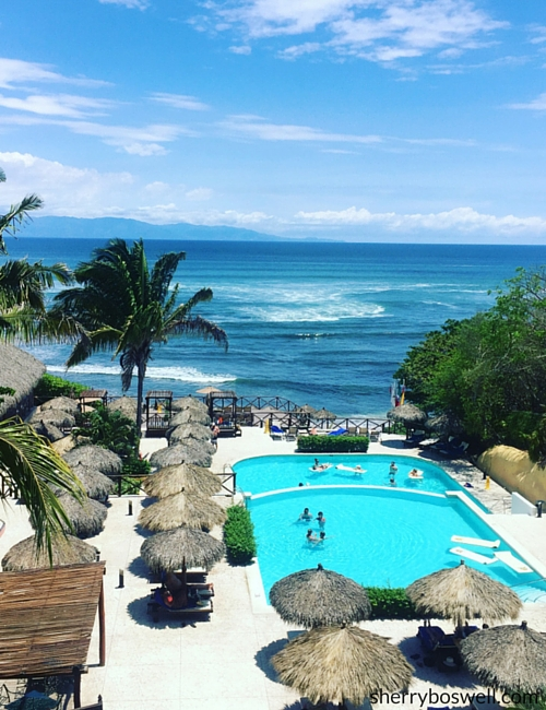 Puerto Vallarta Resort   The Royal Suites Punta de Mita is the adults-only side of Grand Palladium Vallarta and has its own pool and beach access