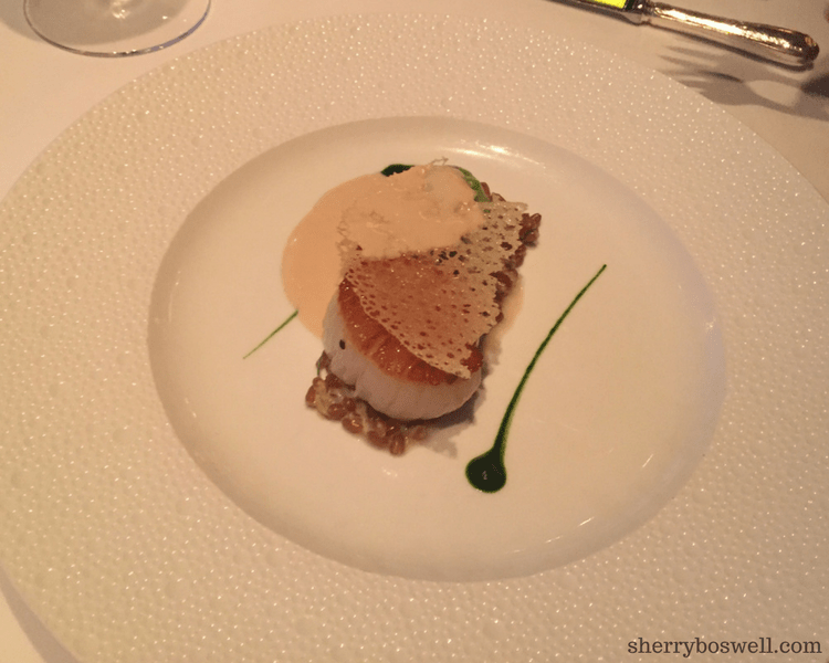 dine at Remy on your Disney cruise scallop
