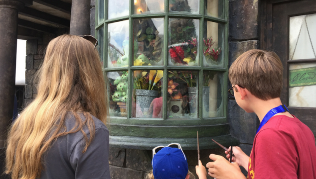 Can't miss attractions at Universal Orlando's Wizarding World of Harry Potter including interactive spells in Hogsmeade