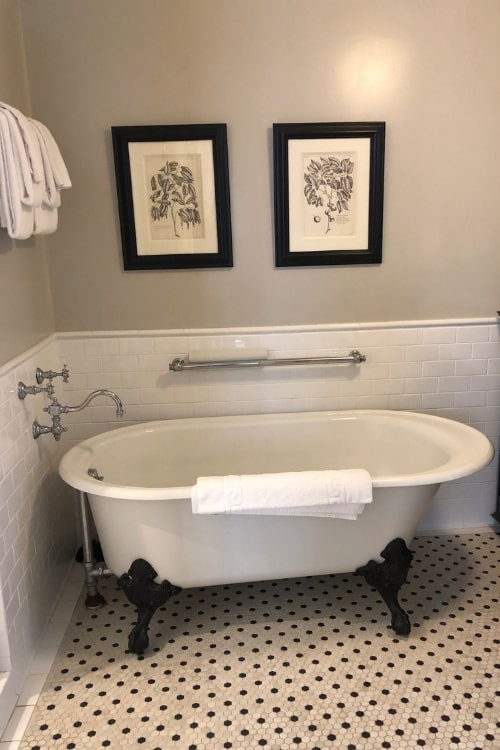 24 hours in blissful Beaufort, SC: My perfect accommodations at the Beaufort Inn included a claw footed tub.