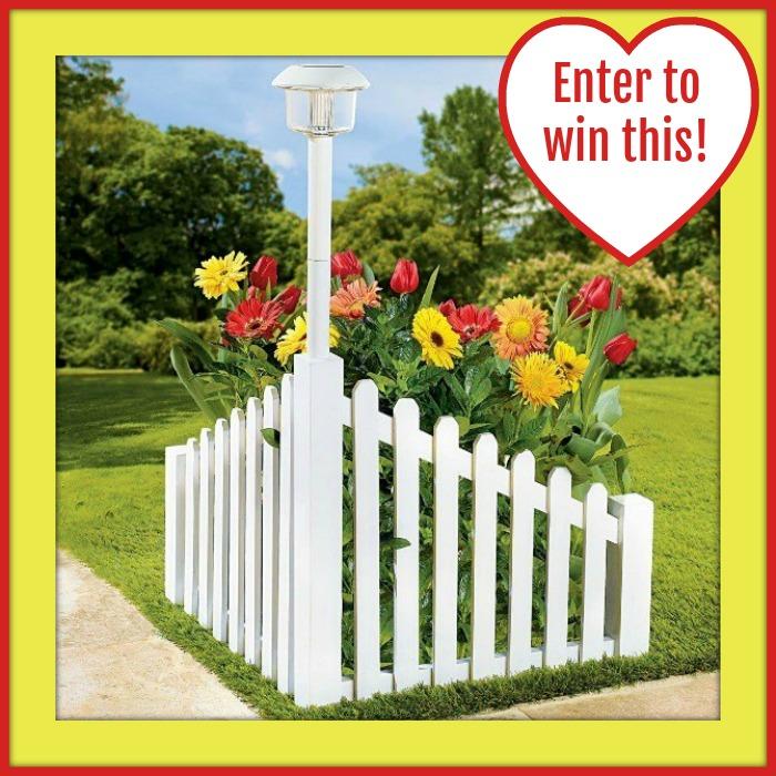 Corner_fence_giveaway