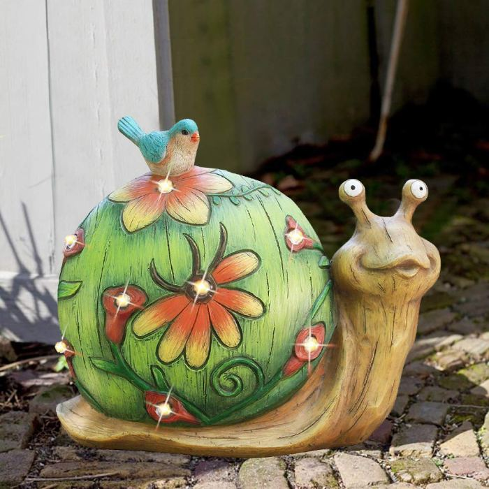 Solar Power Snail Lawn Decor