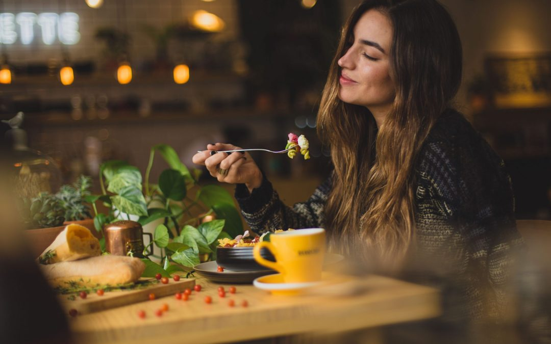 Why Diets Don't Work. How to Begin to Create a Healthy Relationship with Food with Katelyn
