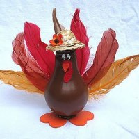 She's Crafty! Light Bulb Turkey Thanksgiving Craft