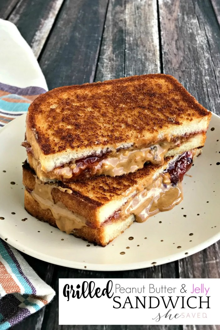 Best Mom Ever! Make this Grilled Peanut Butter and Jelly Sandwich and you'll be the lunch hero!
