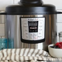 Instant Pot Mixed Berry Compote Recipe