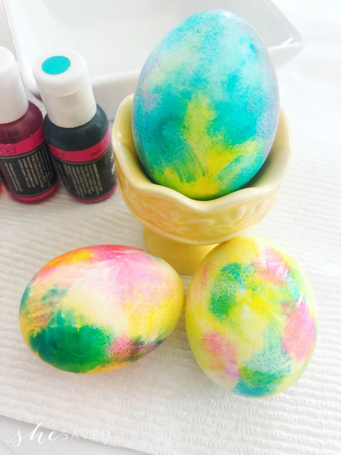 How to Tie Dye Eggs