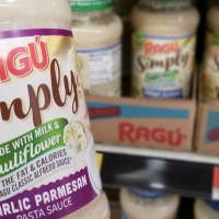 Dinner Made EASY with NEW RAGÚ Simply Creamy Sauces (+ Ragu Coupon!)