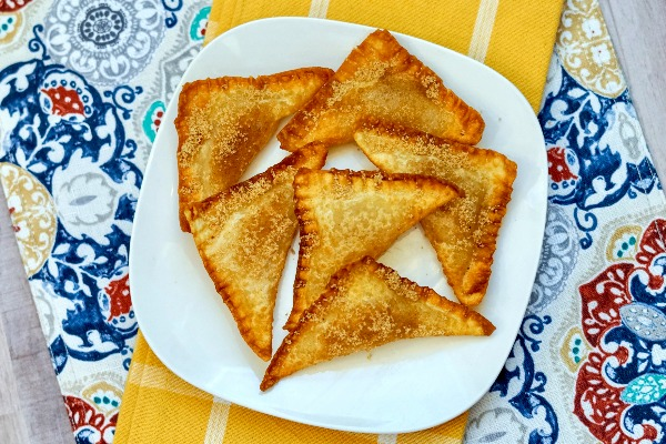 How to Make Homemade Apple Wontons (great air fryer recipe!)