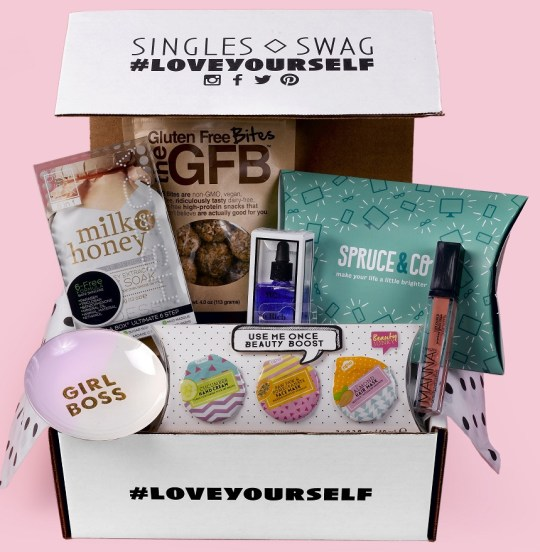 SinglesSwag - best subscription boxes - beauty box subscriptions - mom subscription box - subscription boxes for moms - unboxing subscription box review | shesbabely.com