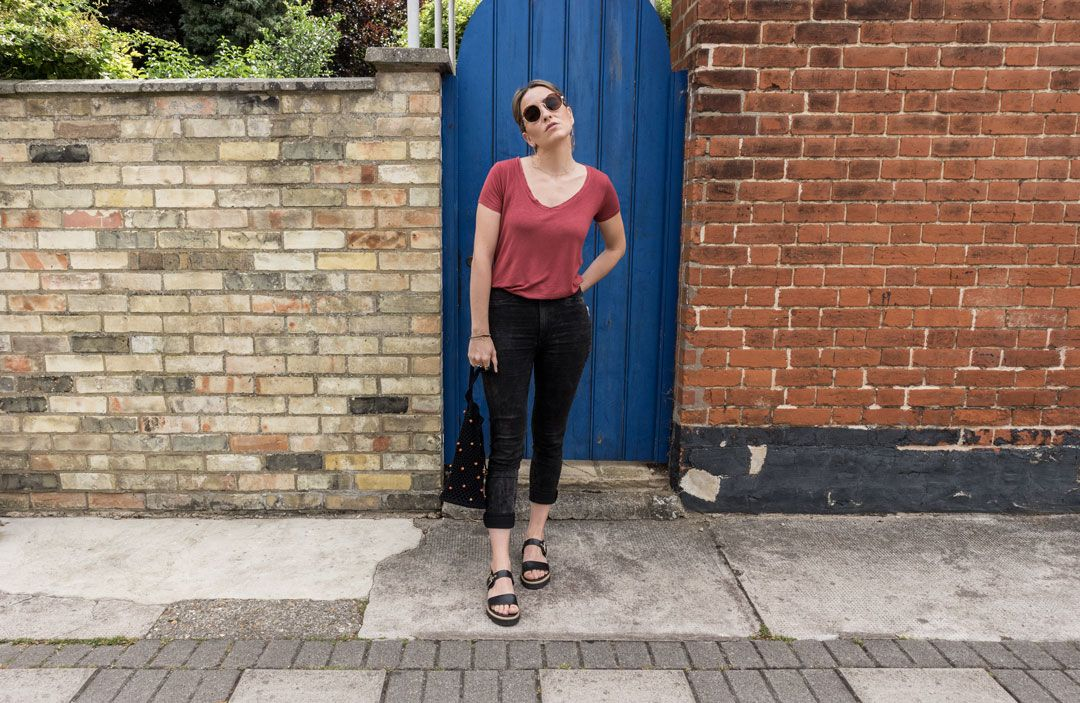 Rust & Black Minimal | Chic look with an edge| Skinny jeans | Chunky sandals | Platform sandals | Summer look | Urban look | Casual chic | Saida Antolin | She talks Glam | Are we a spoiled generation? | Chic summer outfit | Positive Fashion | Cambridge Fashion | Minimal Streetstyle
