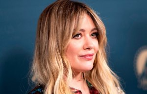 7 things to know about how I met your mother's sequel with Hillary Duff