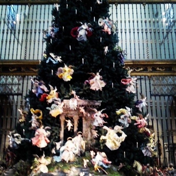 Metropolitan Museum Of Art Christmas Tree