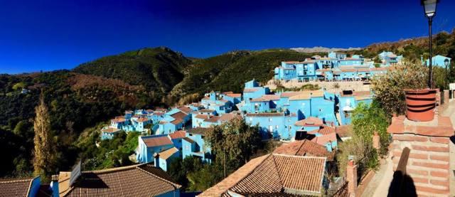 < Juzcar, smurf town >