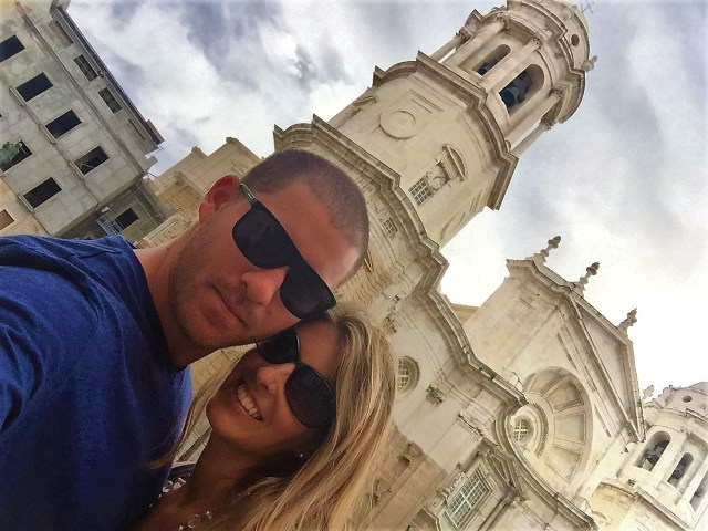 < Cadiz Cathedral >