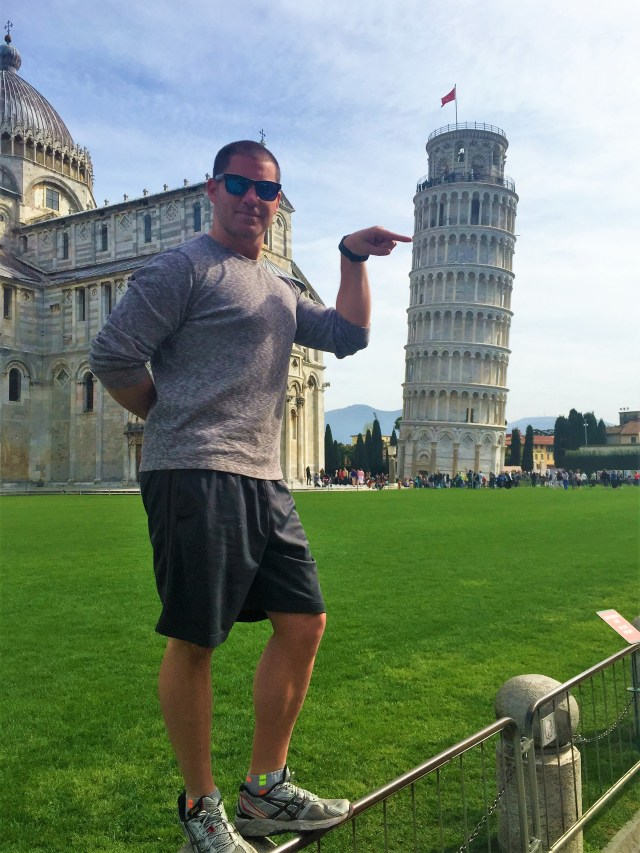 <Leaning Tower of Pisa>