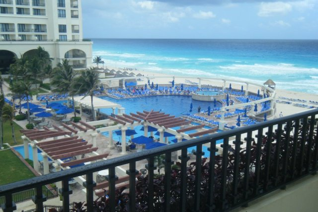 < Casamagna Marriott Cancun >