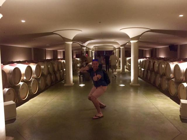< Wine Barrels >