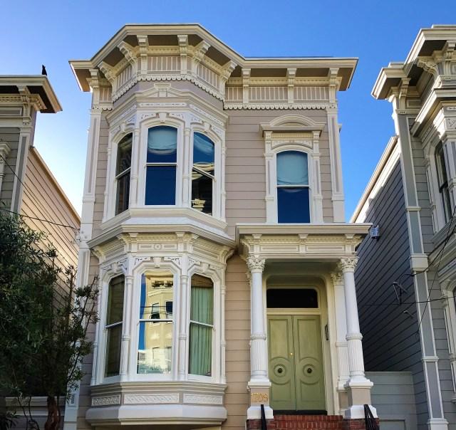 < Full House house >