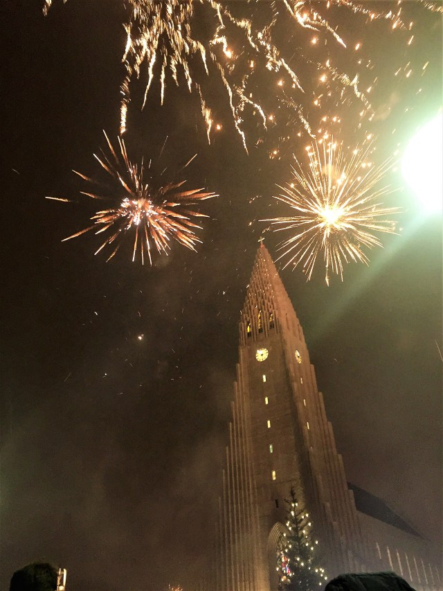 < New Years Eve in Iceland >