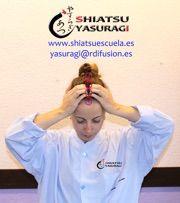 Resaca Alivia los Sintomas con Shiatsu Cabeza 1