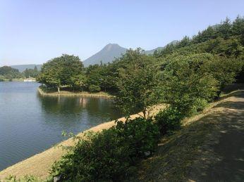 8月の志高湖 by take