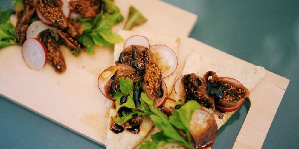 Rosemary cracker with radish and dried fig