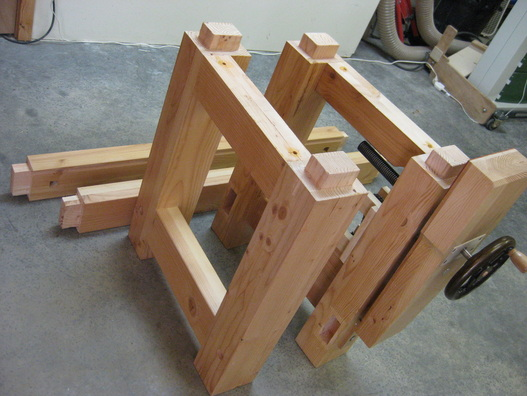 ... slabs complete the bench (leg vise is optional - but not really