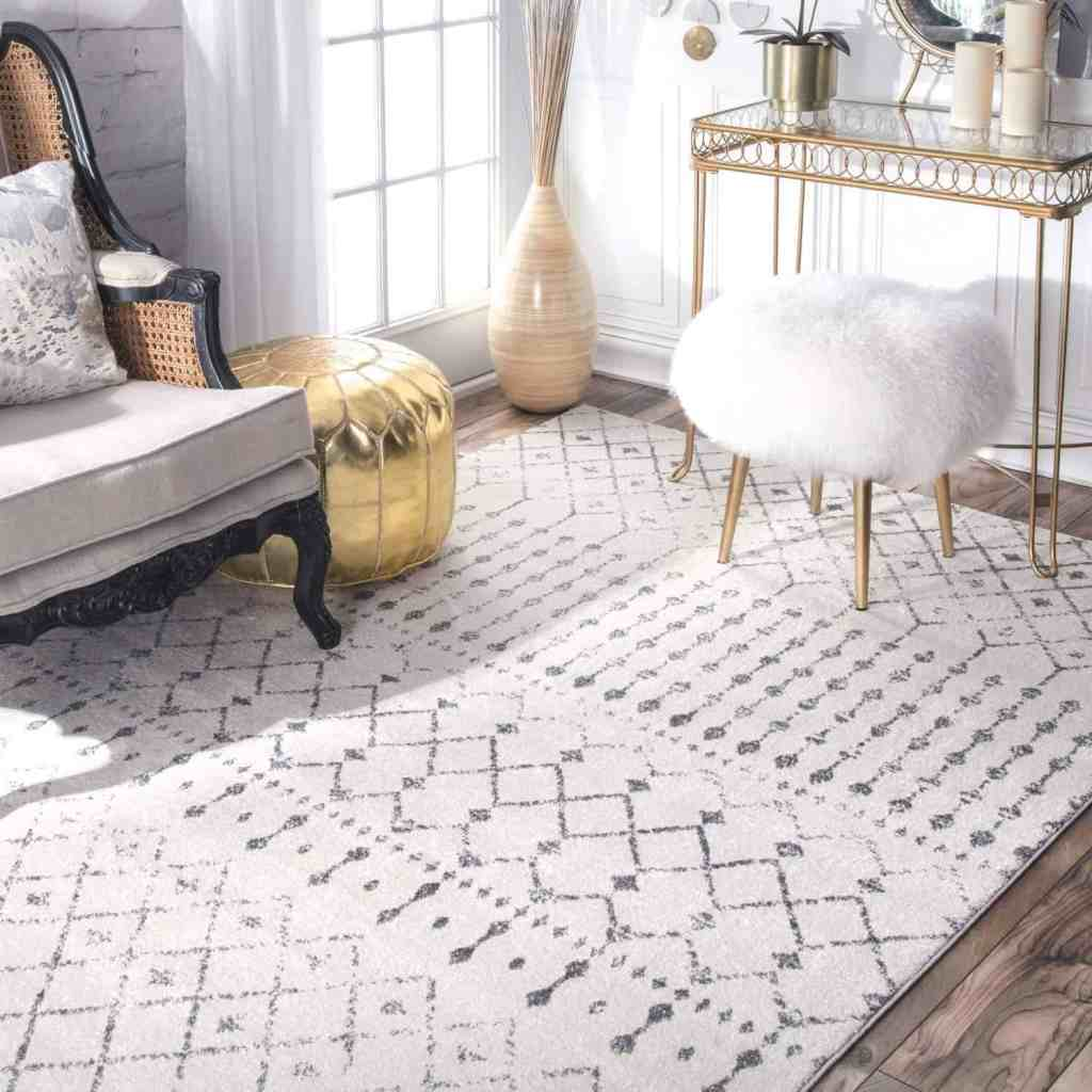 White and Grey Rug - Amazon Home Decor Finds