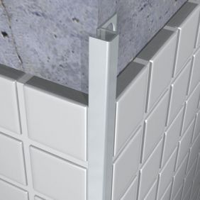 elegant looking aluminum flexible black