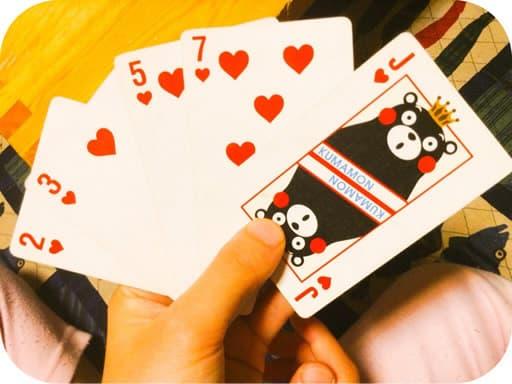 カードゲームなら初心者から熟練者まで楽しめる