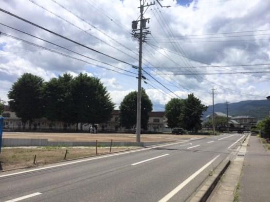 分譲地に接する道路 R1.6.18撮影